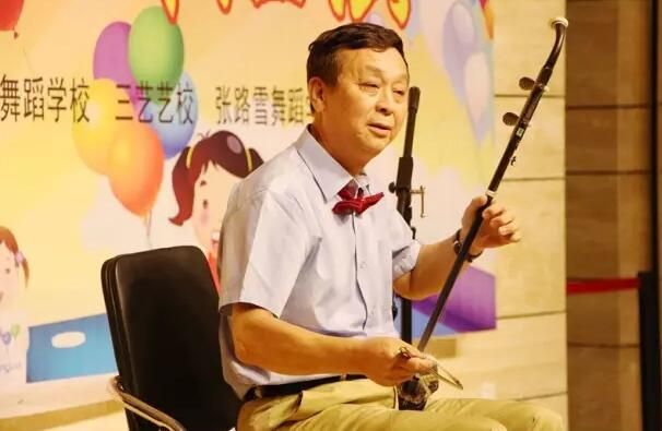 8月17日,cctv一元名家大邯琴行阳光培训汇演在新世纪九楼童星关于中国龙的现代电影图片